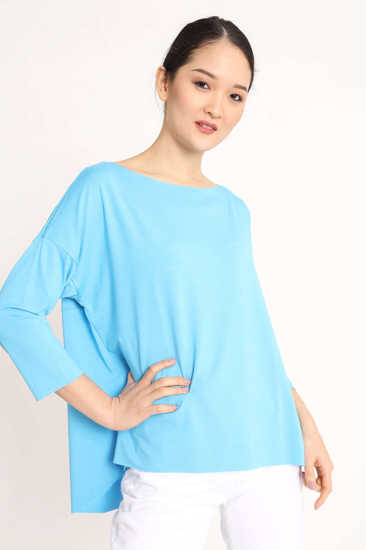 Raw Cut T-Shirt with Drop Shoulder and 3/4 Sleeve