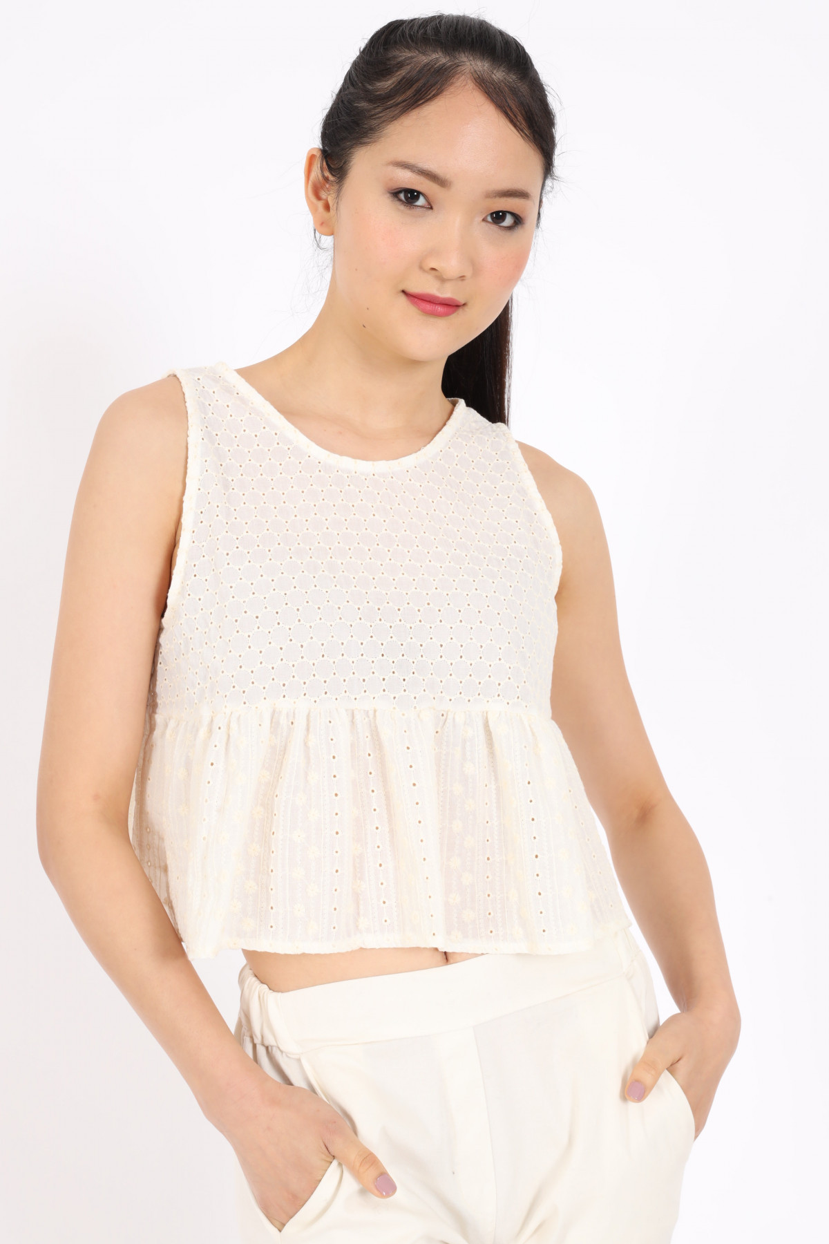 Operated Cotton Top with Flounce