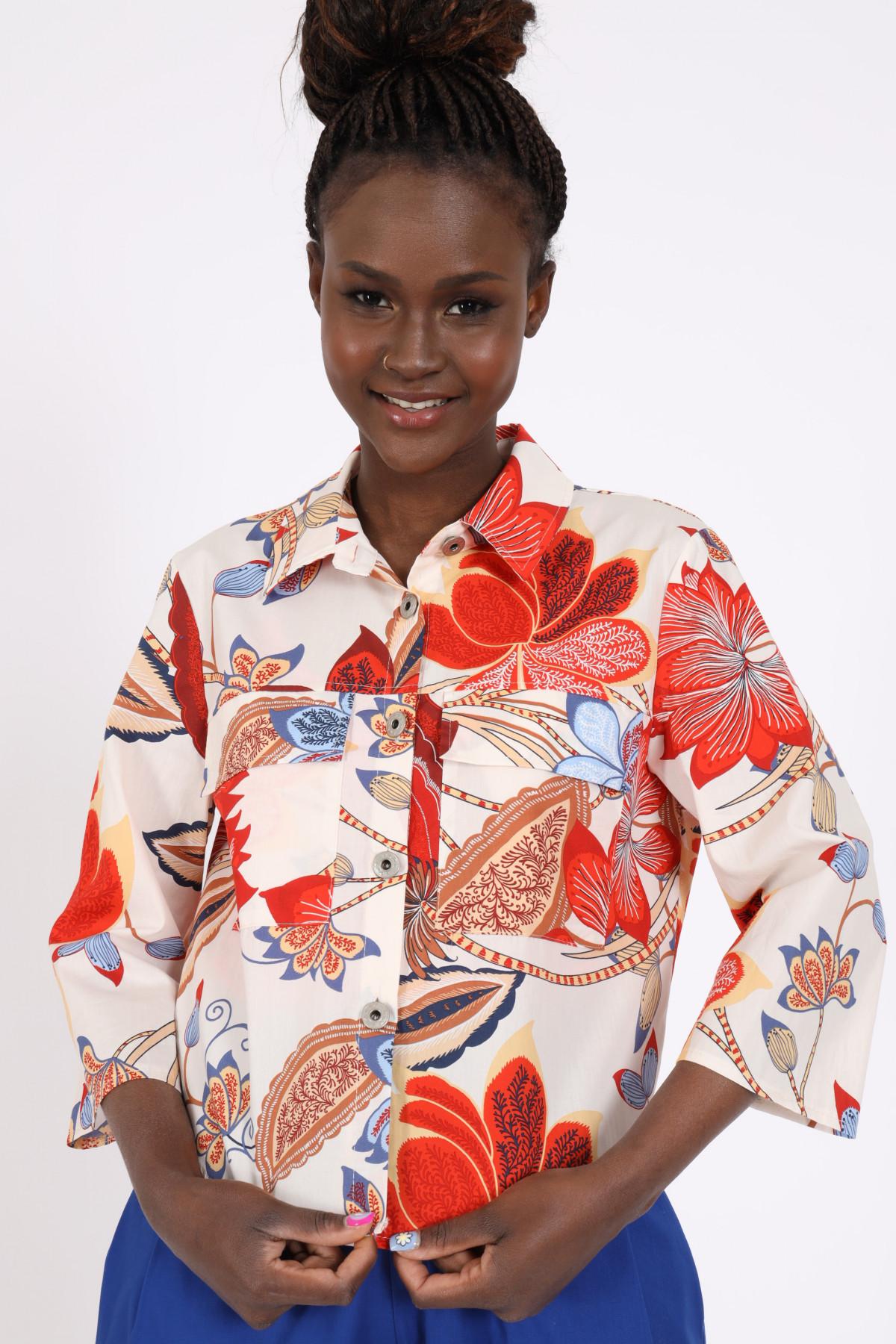 3/4 Sleeve Jacket in Floral Fantasy Print