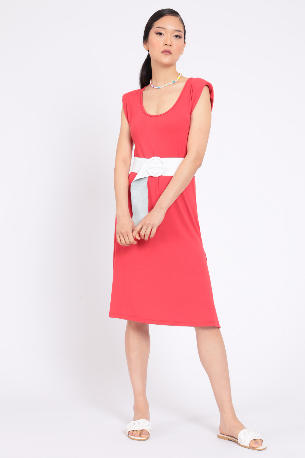 Dress with straps and slit