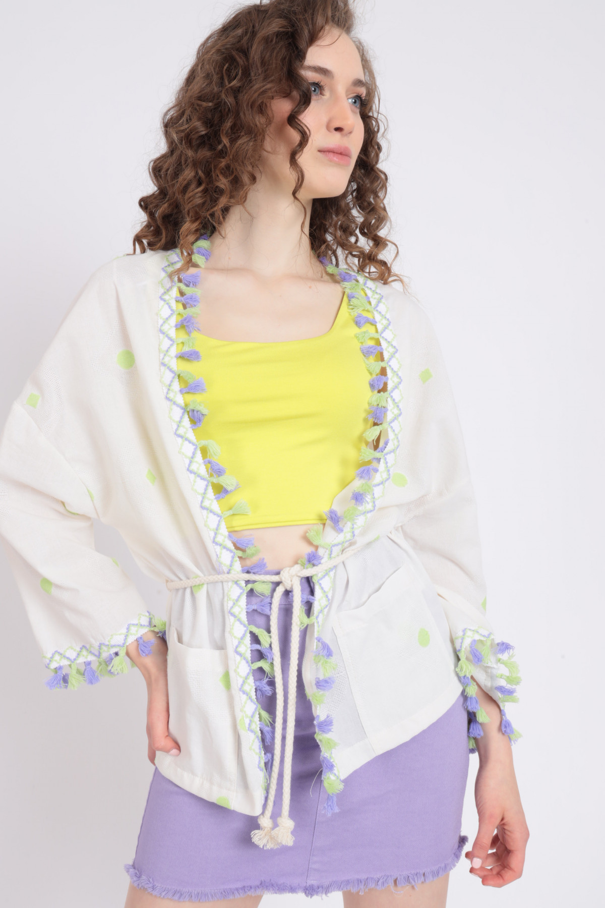 Kimono with embroidery and trimmings