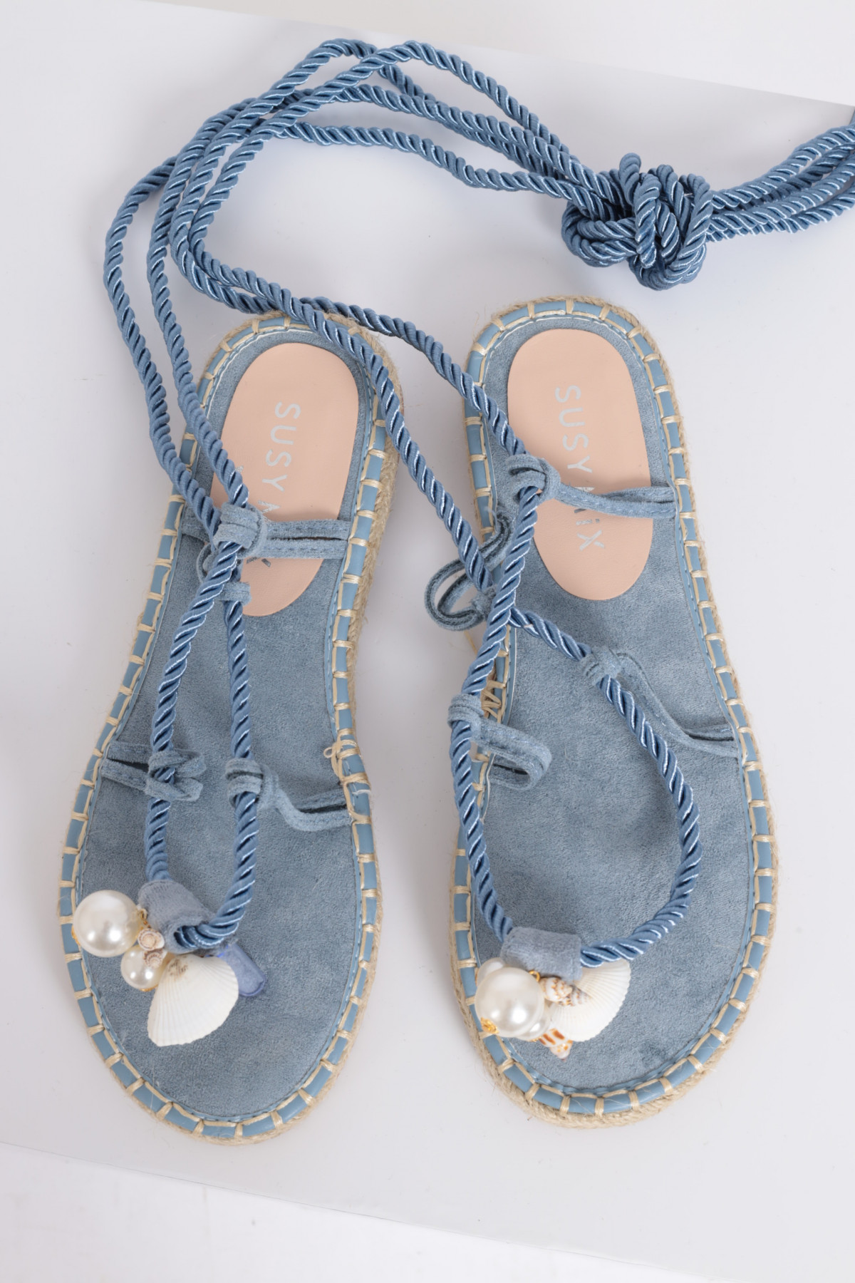 Rope Sandal with Shells Application