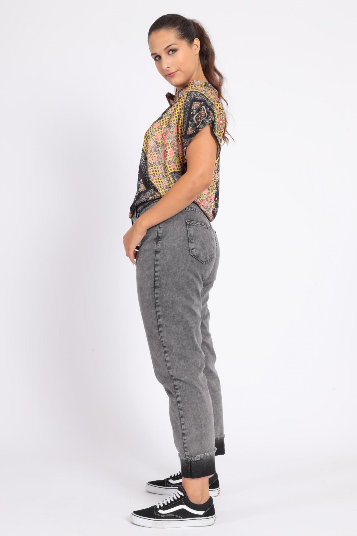 Jeans 5 Tasche Marmorizzato con Risvolto Sfrangiato