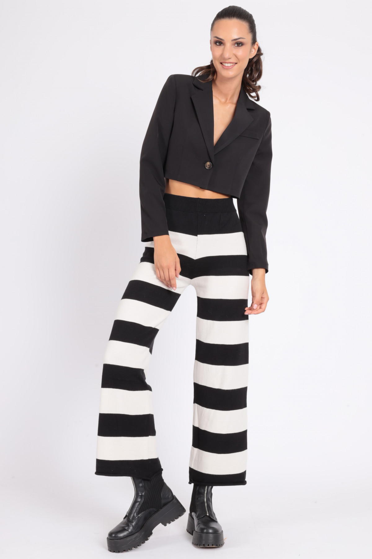 Knitted Palazzo Pants with Stripes