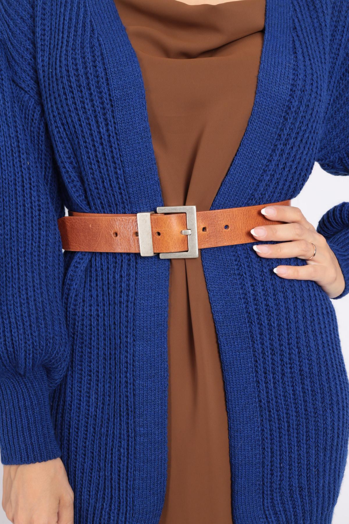 Cintura in Pelle con Fibbia Quadrata