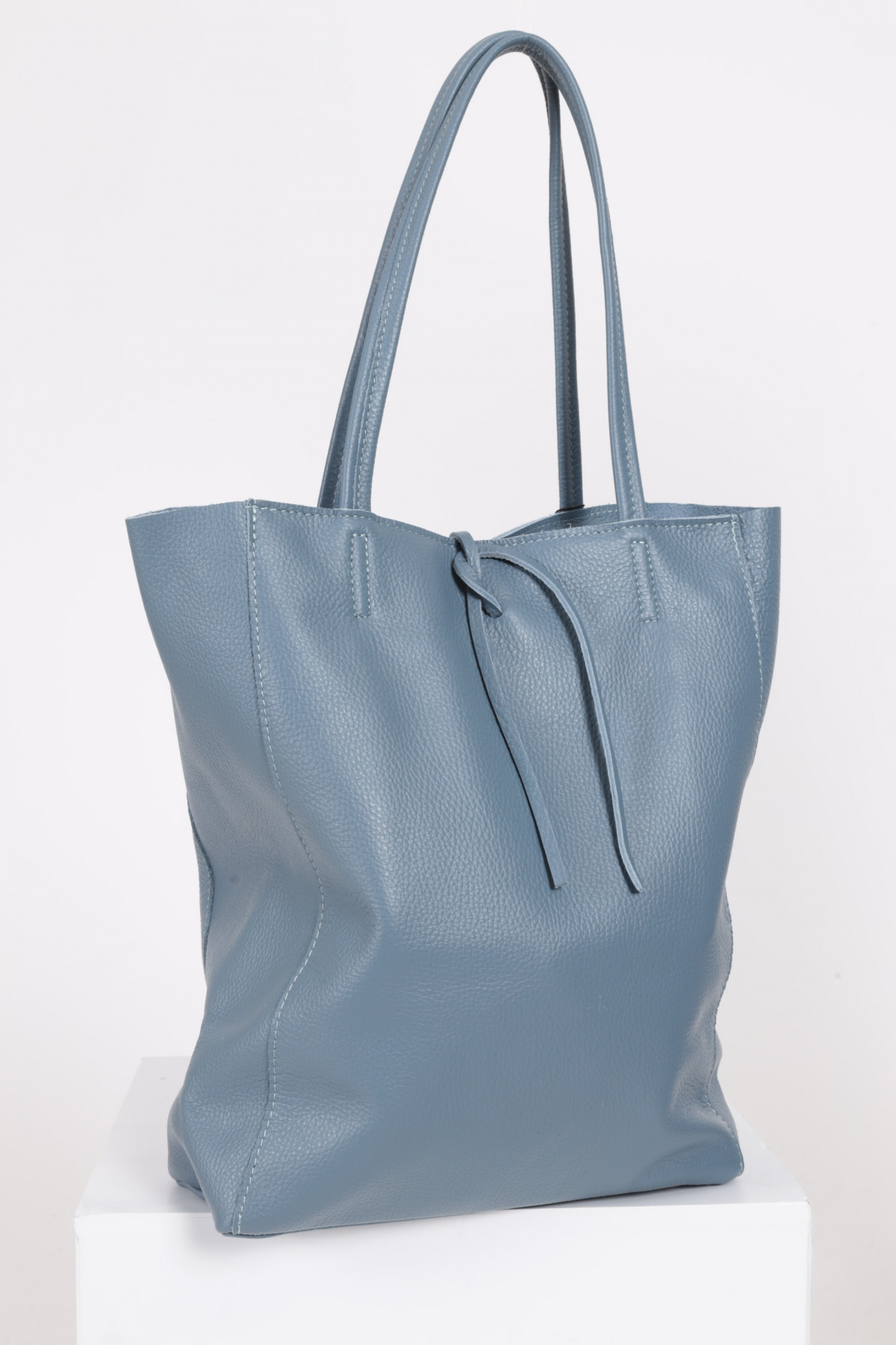 Cabas Bag in Hammered Leather