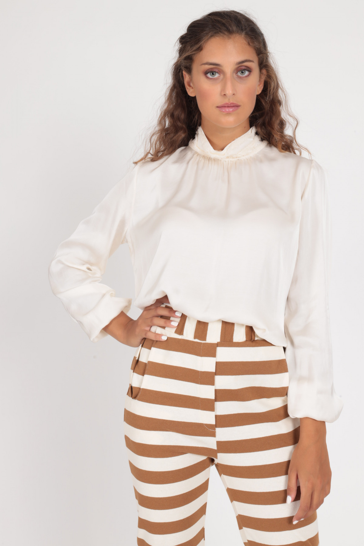 Balloon Sleeve Blouse Volcano Collar and Fringes