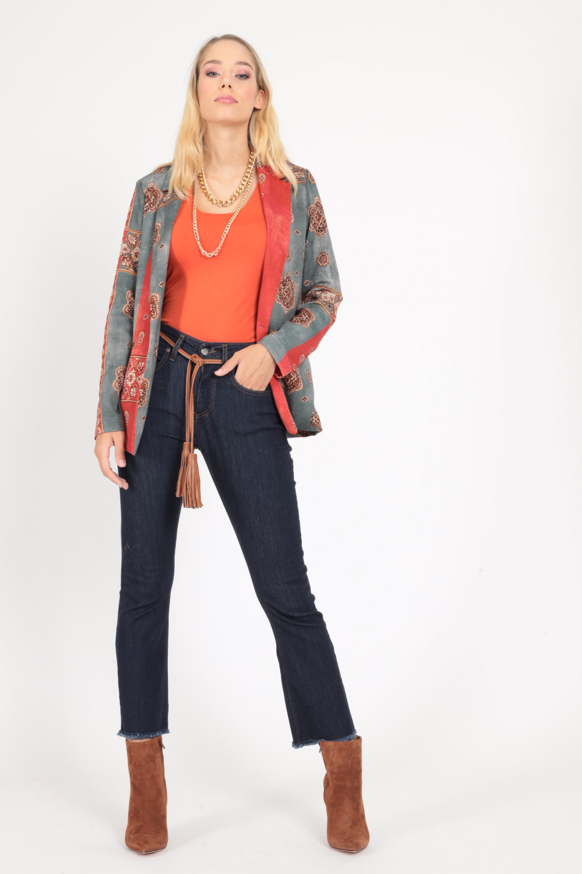 5 Pocket Trumpet Jeans with Fringed Bottom
