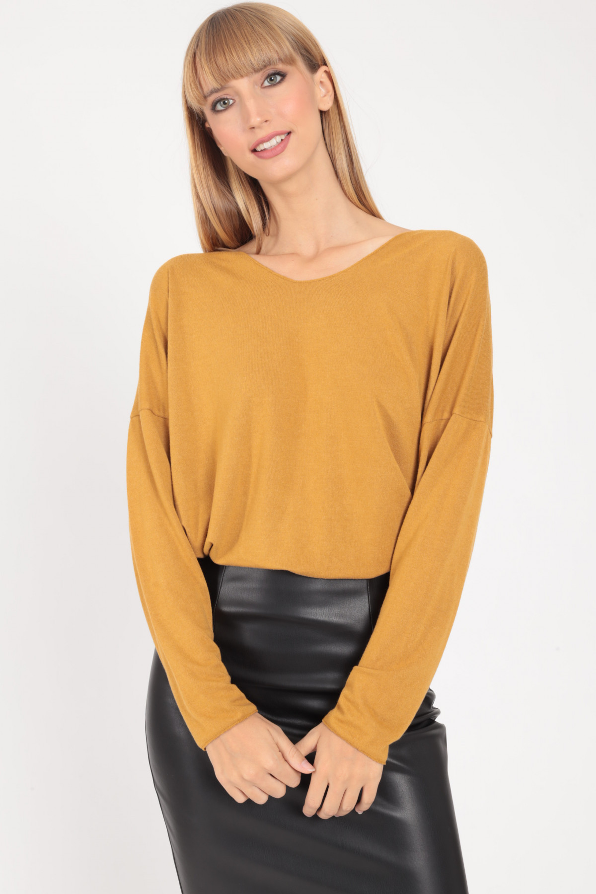 Over T-Shirt in Viscose with Wide Neckline