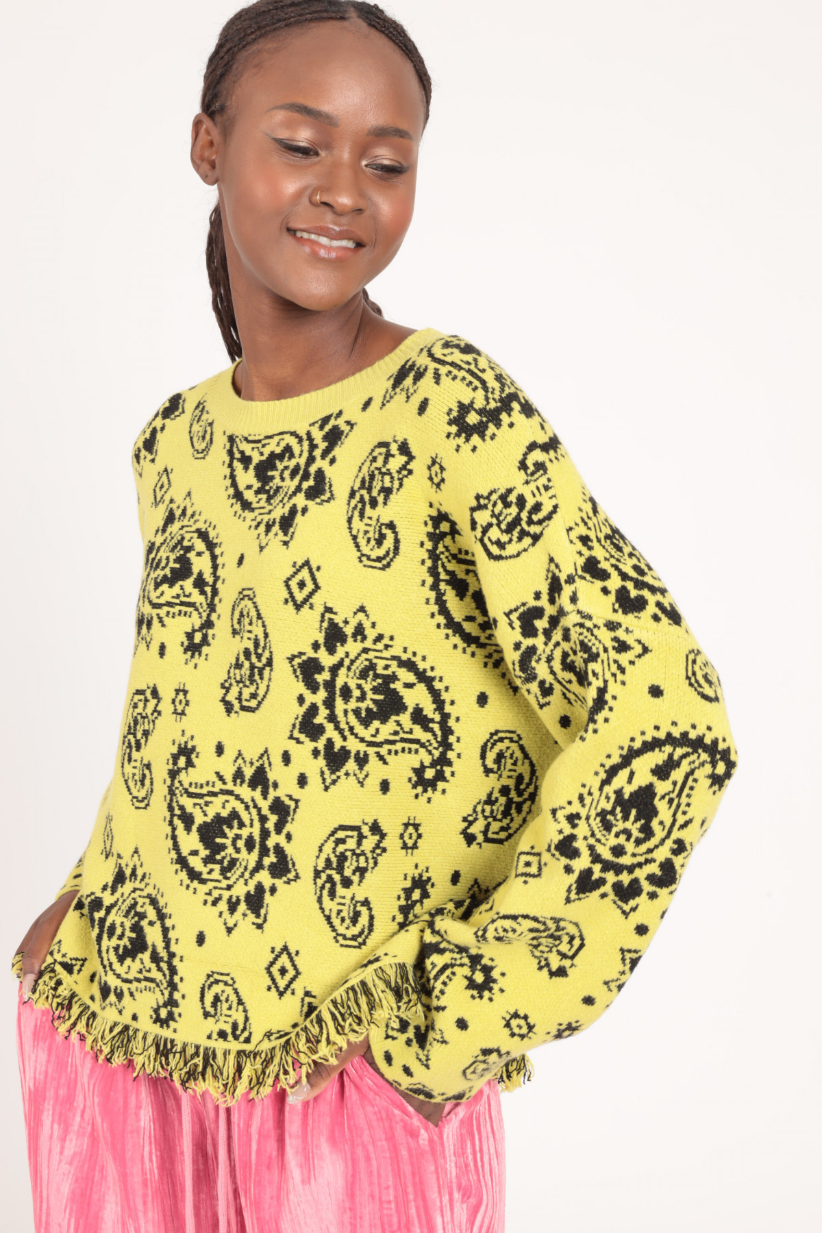 Cashmere Fantasy Print Jacquard Pullover with Fringed Bottom