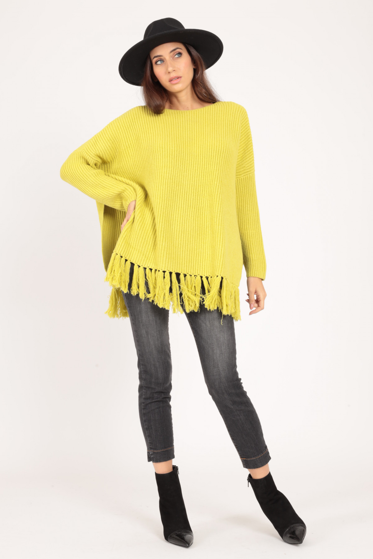 Boat Neck Sweater with Fringed Bottom