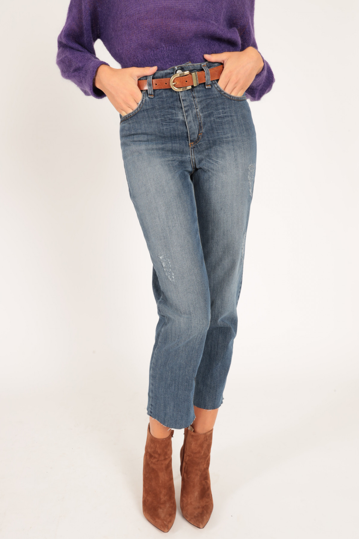 Carrot 5 Pockets Jeans with Raw Cut Lapel