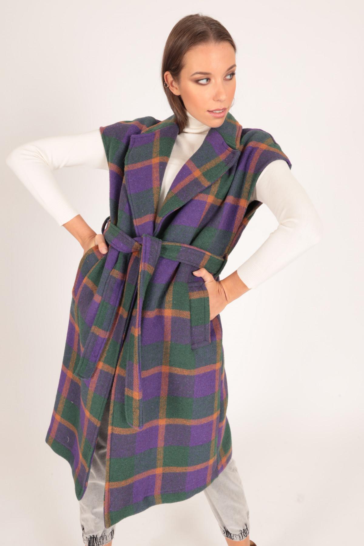 Sleeveless Coat with Check Fantasy Print Belt