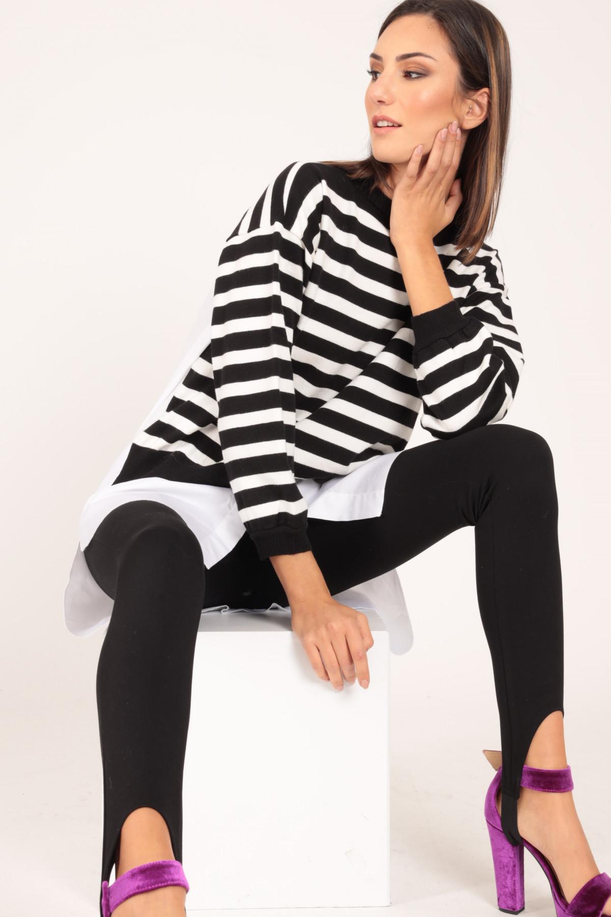 Pullover Rigato con Dettagli Camicia